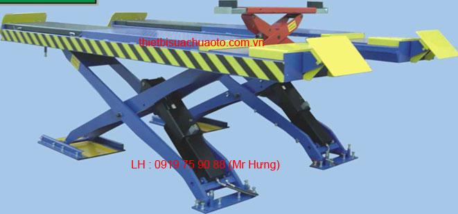 Cầu nâng cắt kéo có kích nâng bụng GC 4.5M418