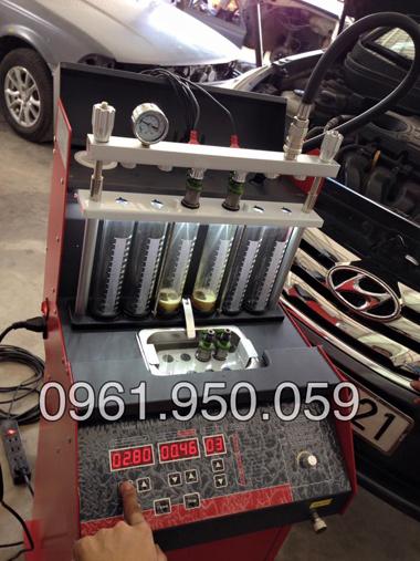 máy xúc béc động cơ xăng